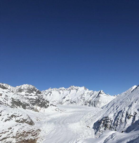 Schneebedeckter Aletschgletscher