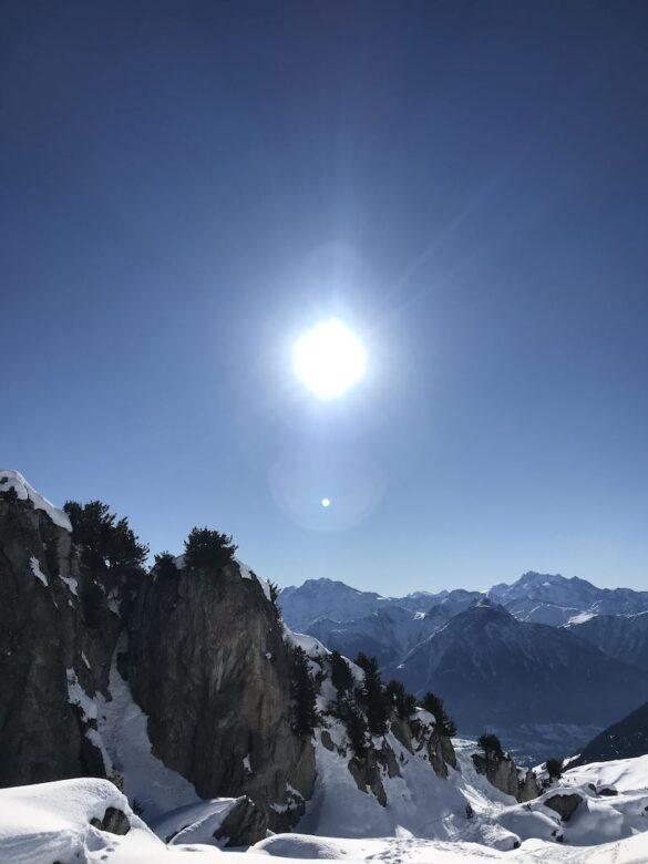 Sonnenschein und Aussicht
