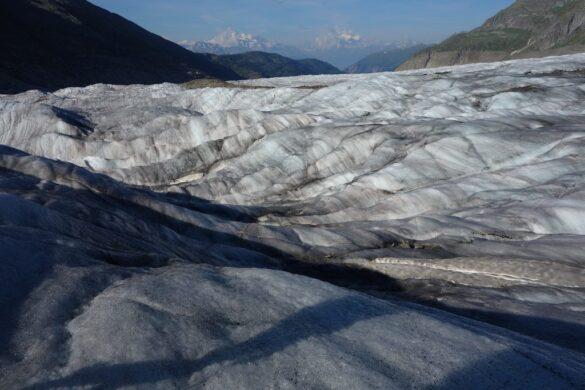 Wellen auf dem Aletschgletscher