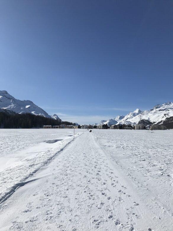 Winterwanderweg vor Sils Maria