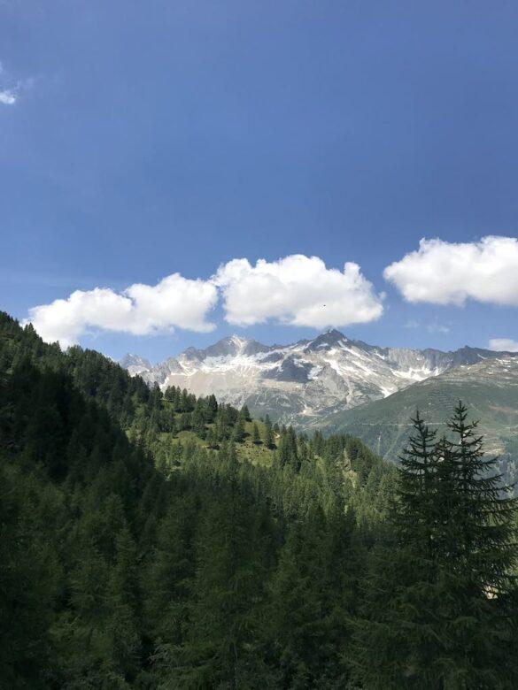 Ausblick ins Gotthardgebiet kurz vor Alp Cristallina