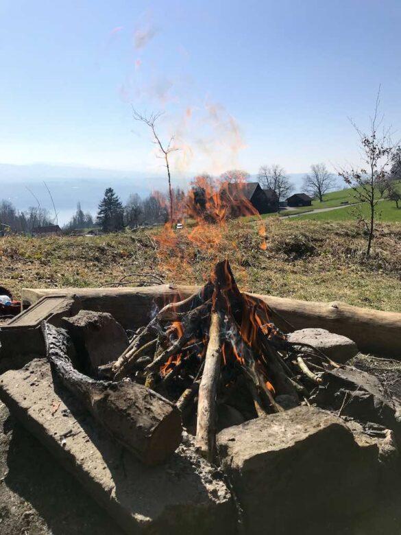 Feuerstelle beim Chnolli
