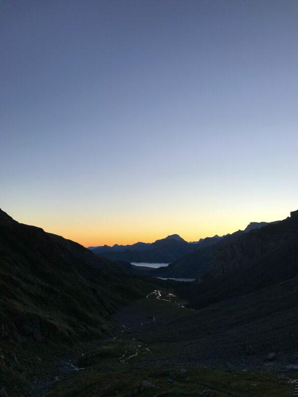 Sonnenaufgang bei der Wildhornhütte