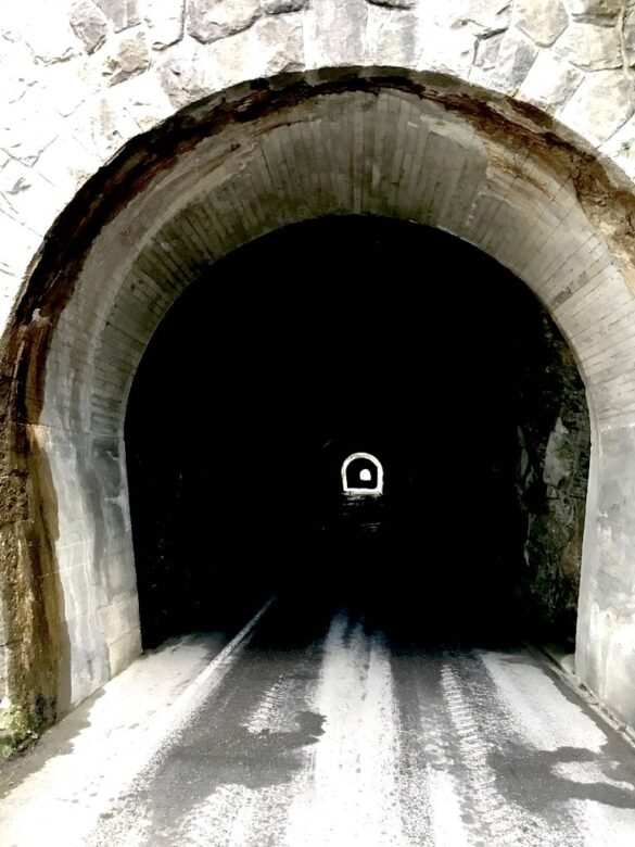 Tunnels nach Justistal