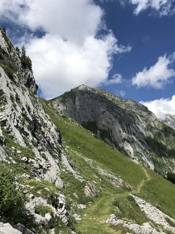 Bergwanderweg nach Mutteli