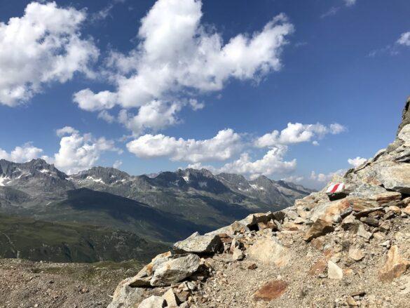 Bergwanderweg zum Tälligrat