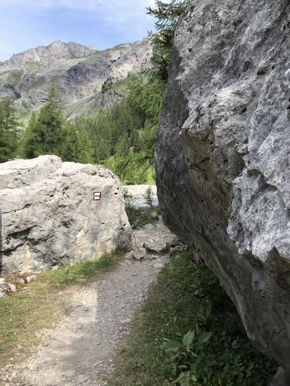 Bergwanderweg am oberen Seeende