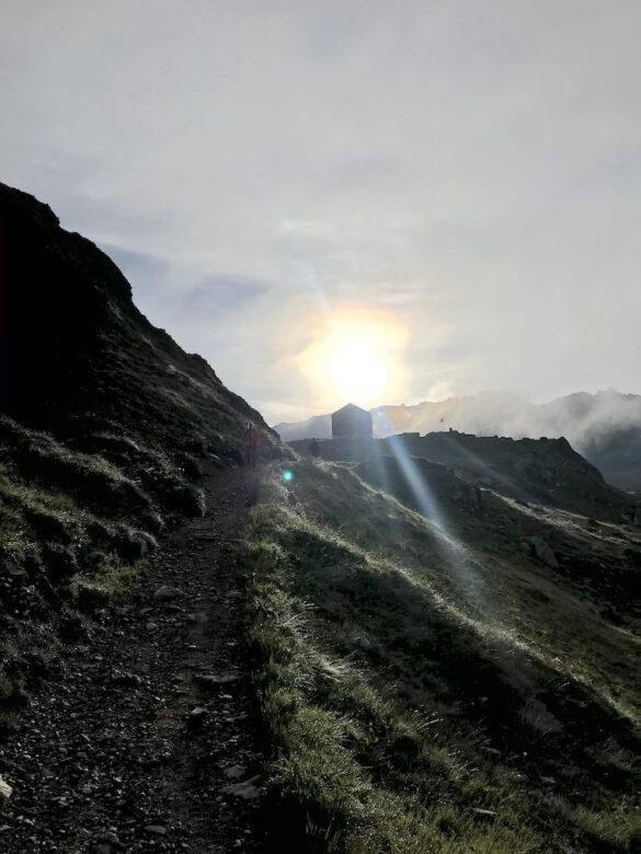 Keschhütte im Morgenlicht