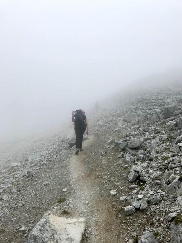 Wandern im Nebel Fuorcla Radönt