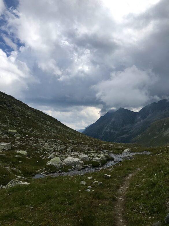 Wanderweg beim Flüelapass