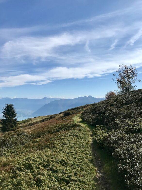 Wanderweg nach Alpe di Naccio